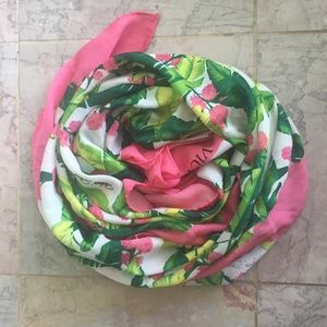 NWOT Victoria's Secret tropical Scarf/ Sarong Wrap
